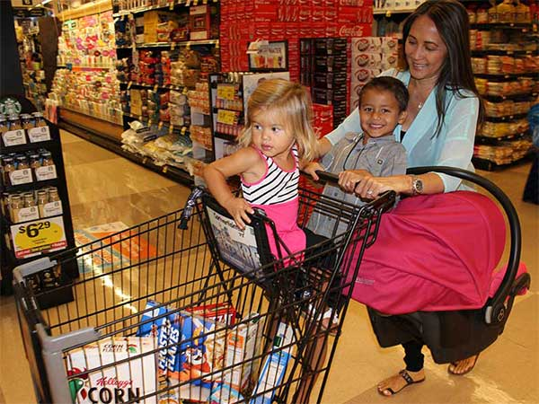 10 shopping suggestions to housewife who go shopping with a baby